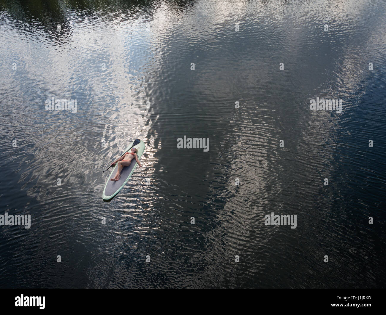 Aerial of paddle boarder, Crystal Lake, Virginia - Stock Image