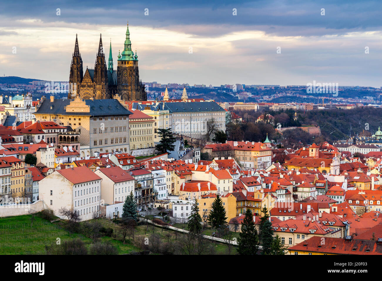 Saint vitus basilica stock photos saint vitus basilica for Where is prague near