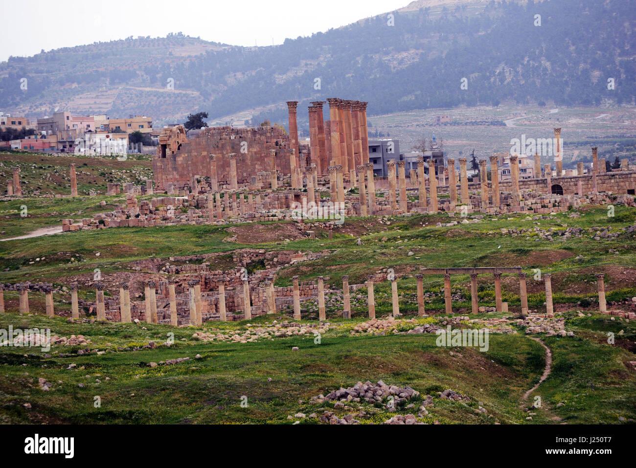 The temple of Zeus in the ancient Roman city of Jerash in Jordan. - Stock Image