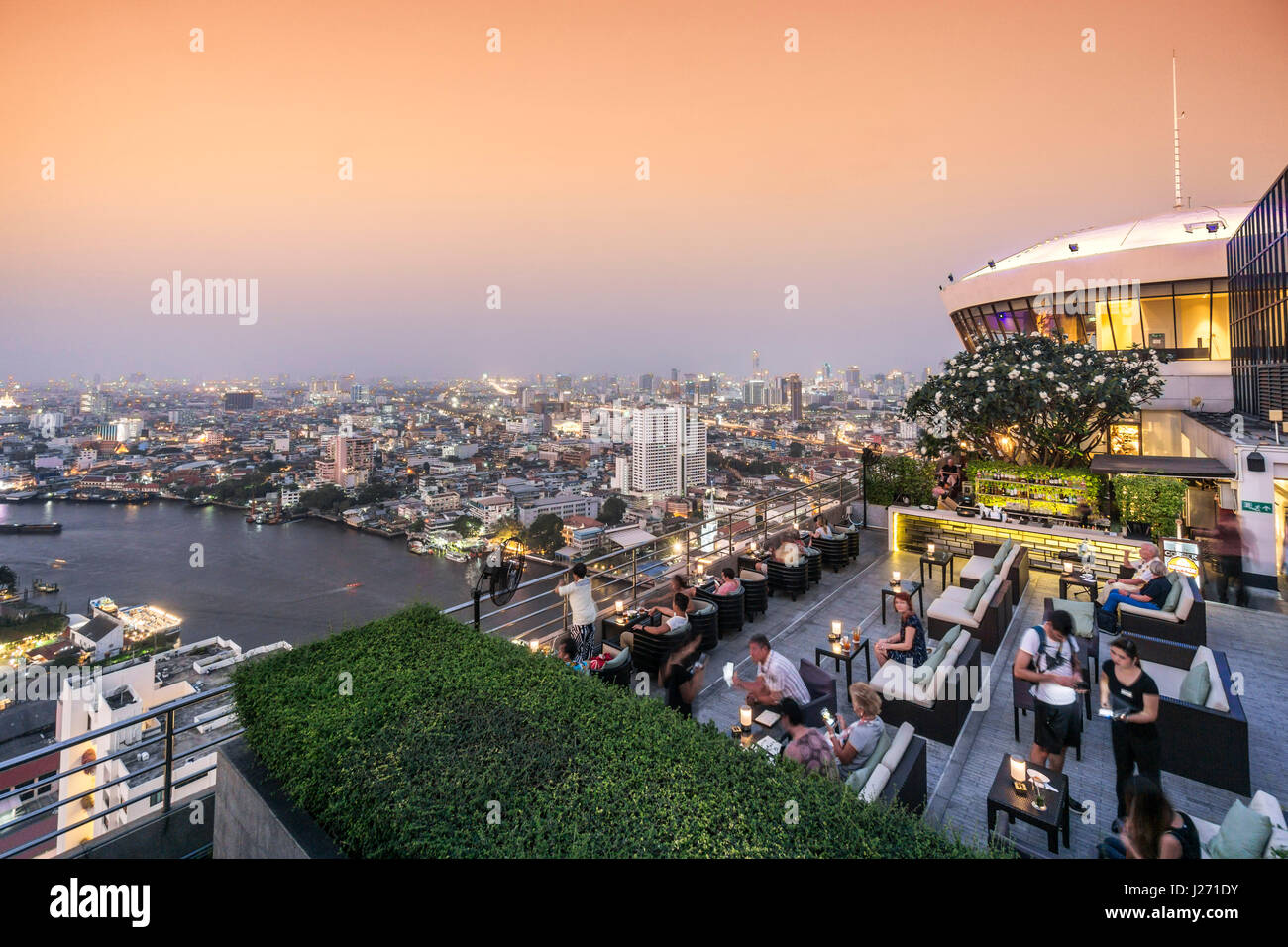 Millenium Hilton, 360 Rooftop Bar, skyline view point, Chao Praya River, skybar, Lounge, rooftop, bar, Bangkok, - Stock Image