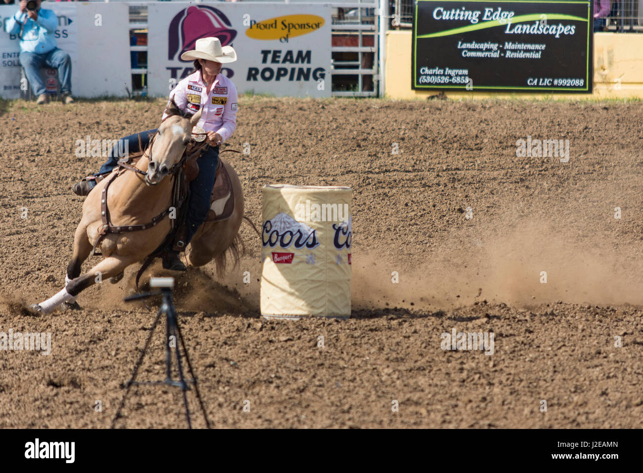 Cowgirl Roping Stock Photos & Cowgirl Roping Stock Images ...
