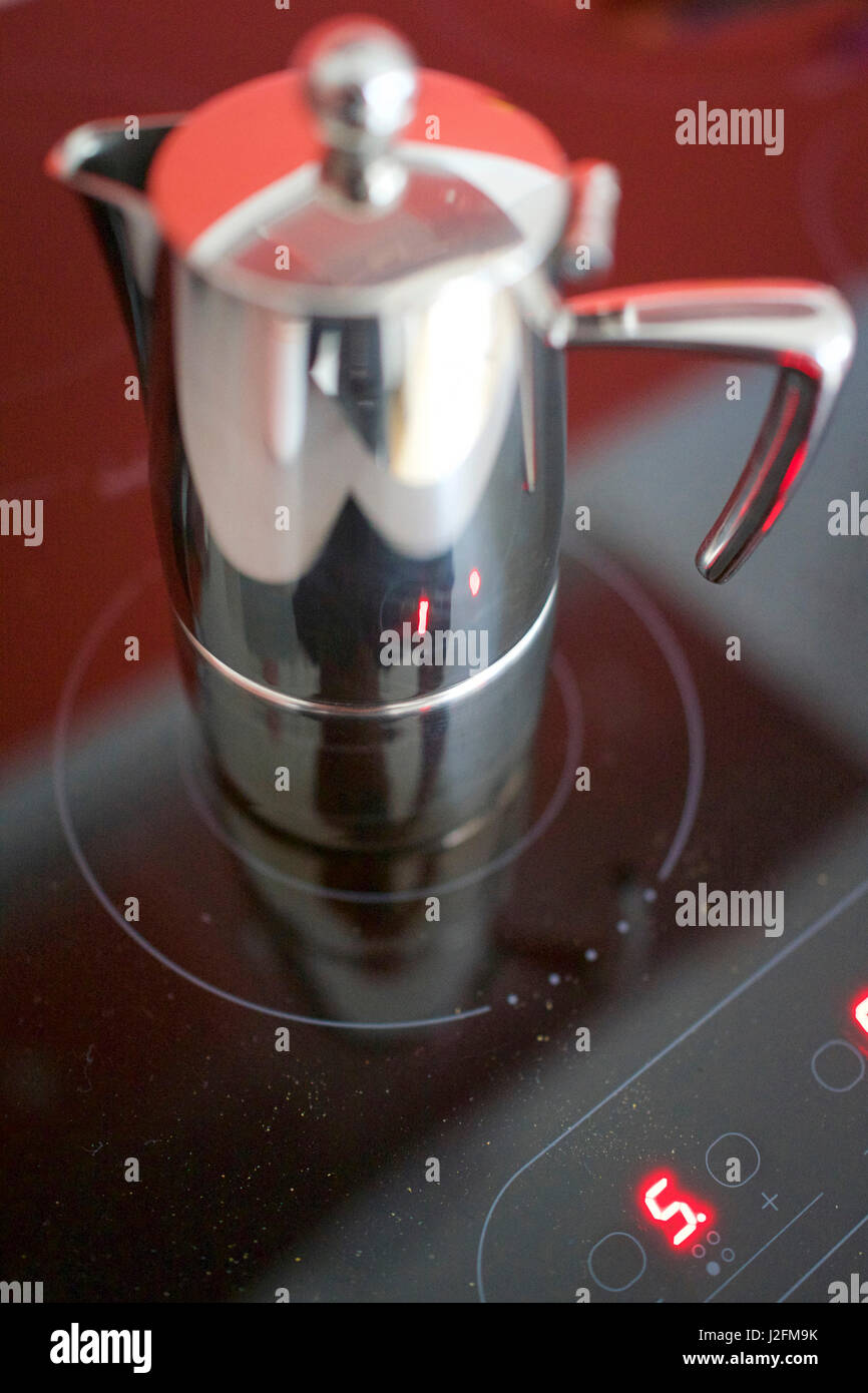 Italian Coffee Maker Induction : Induction Stock Photos & Induction Stock Images - Alamy