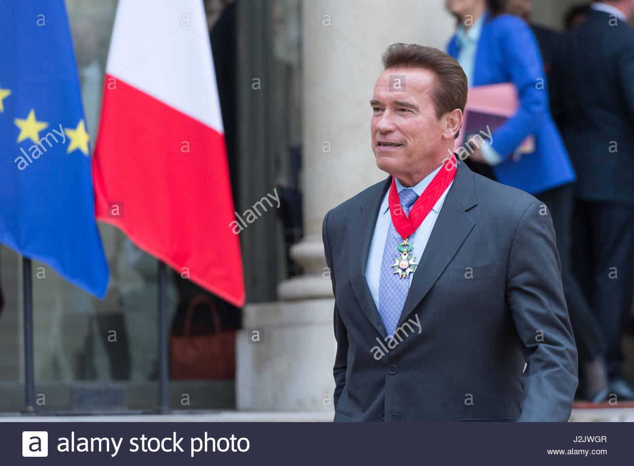 Paris, France. 28th Apr, 2017. US actor and former governor of California Arnold Schwarzenegger leaves after he - Stock Image