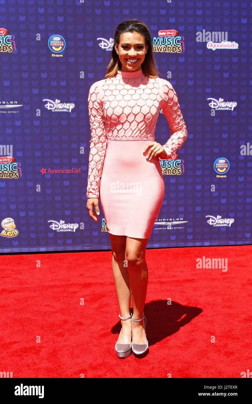 Kara Royster at arrivals for Radio Disney Music Awards - ARRIVALS 2, Microsoft Theater, Los Angeles, CA April 29, - Stock-Bilder