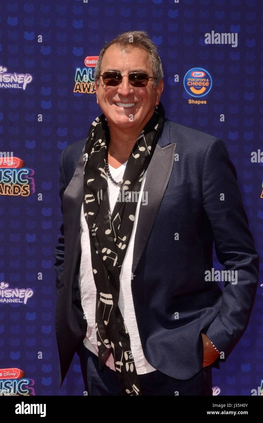 Kenny Ortega at arrivals for Radio Disney Music Awards - ARRIVALS, Microsoft Theater, Los Angeles, CA April 29, - Stock-Bilder