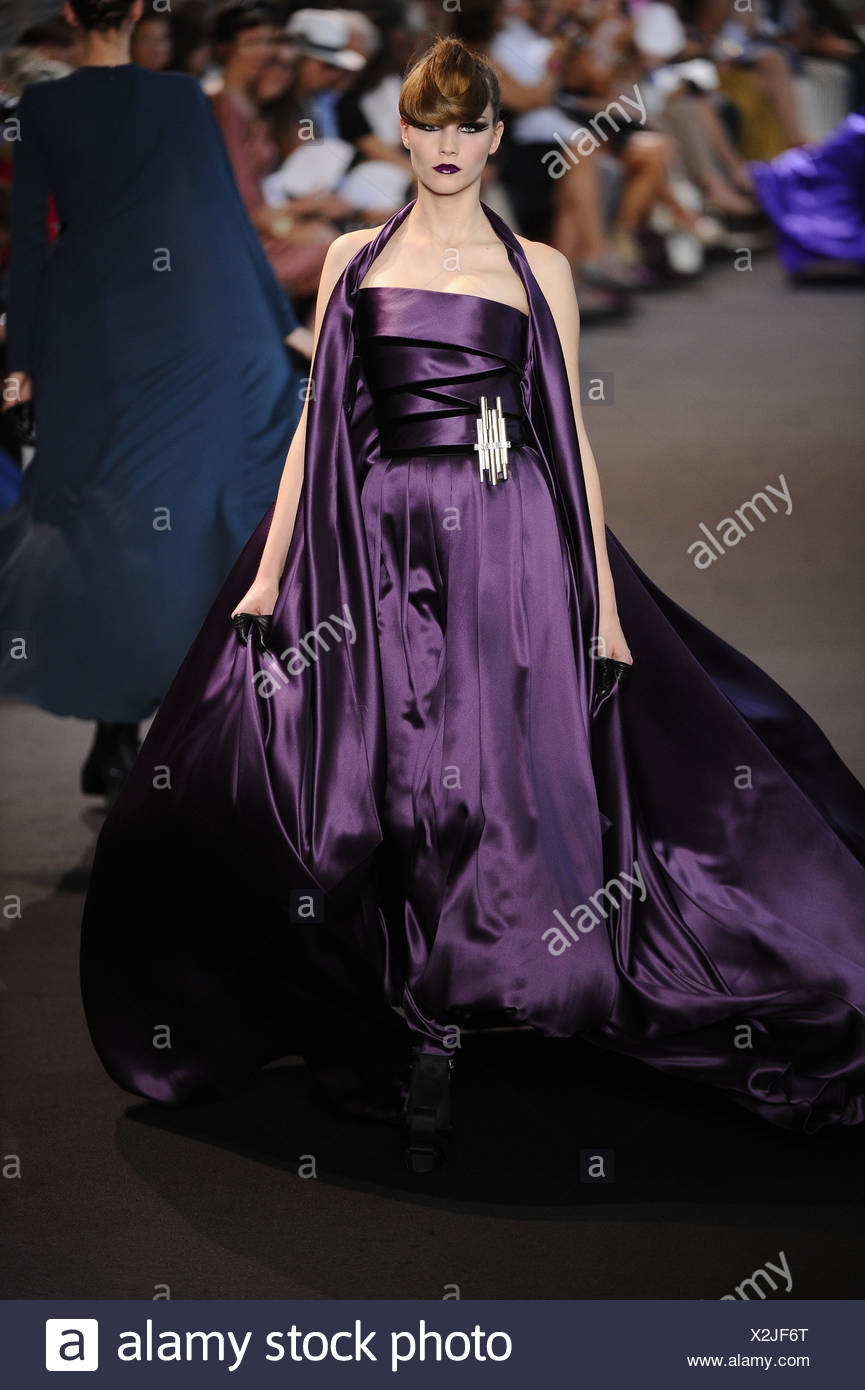 Haute Couture 2012 Stock Photos & Haute Couture 2012 Stock ...