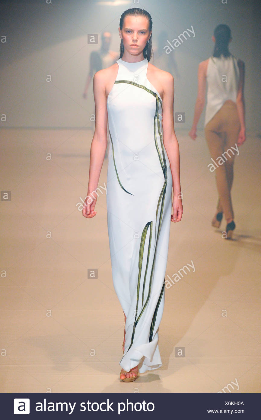 Thierry Mugler Stock Photos & Thierry Mugler Stock Images ...