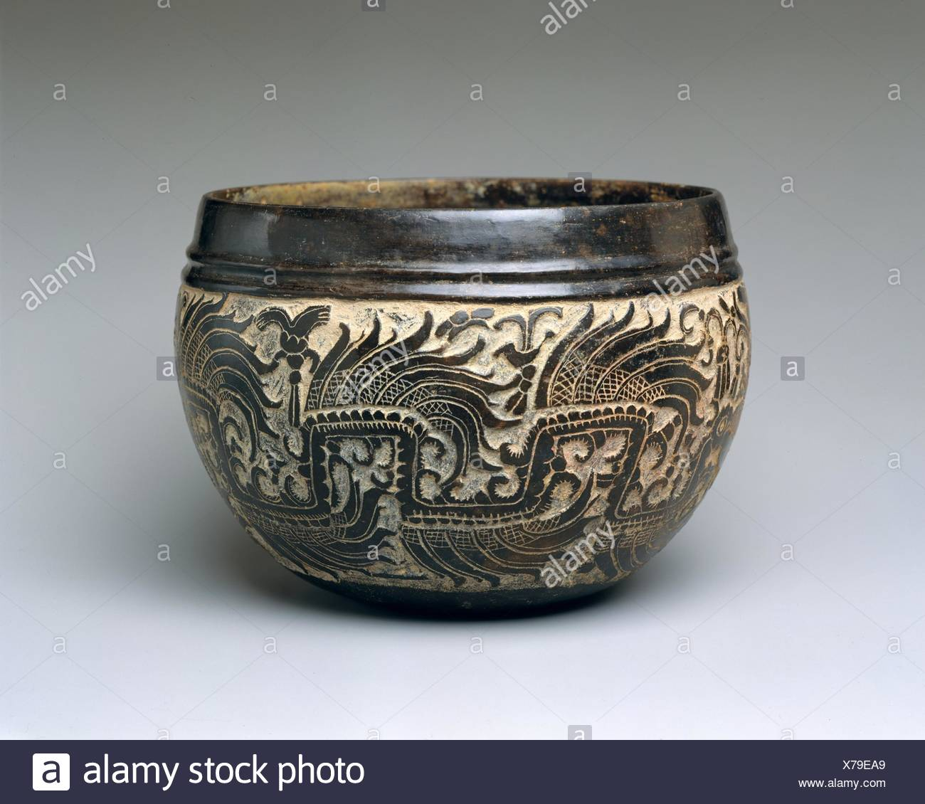 Carved Bowl Stock Photos Amp Carved Bowl Stock Images Alamy