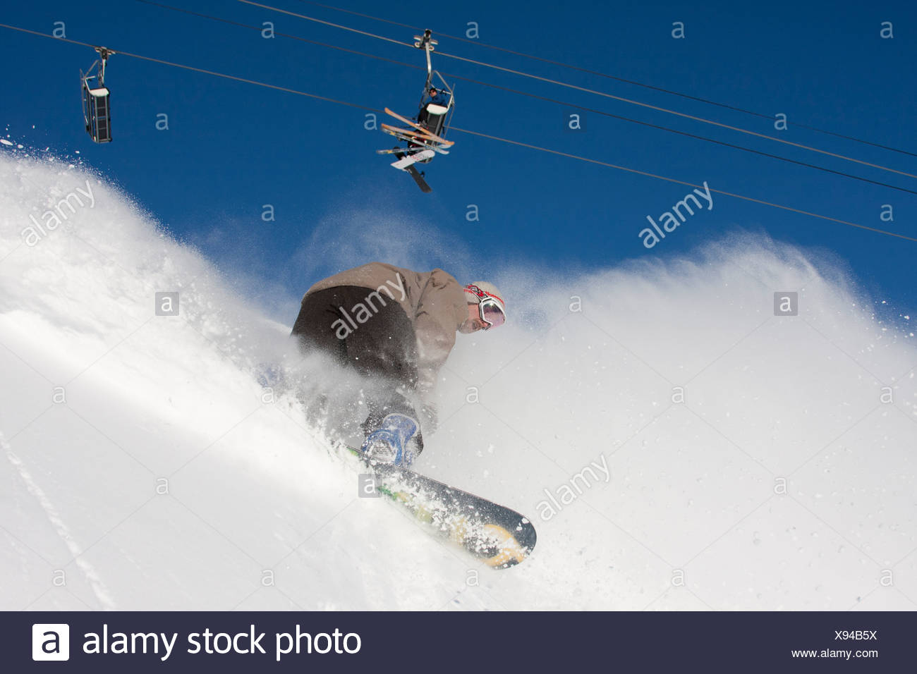 Chair lift stock photos chair lift stock images alamy for Chair 7 alyeska