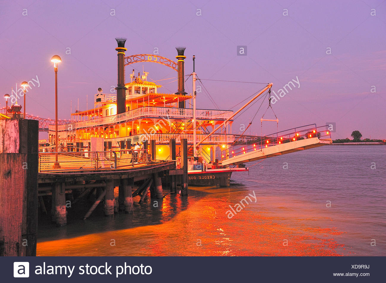 River Queen Paddle Steamer Stock Photos Amp River Queen Paddle Steamer Stock Images Alamy