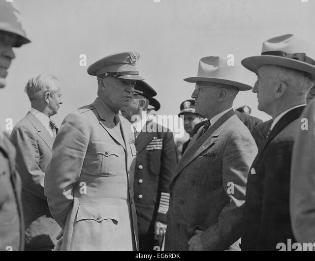 President Harry Truman and General Dwight Eisenhower enroute to the Potsdam Conference. Secretary of State James - Stock Image