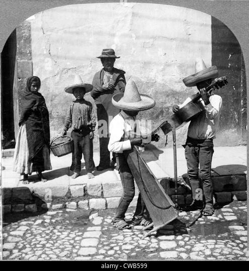 Folk Music. Street musicians, Guanajuato, Mexico, 1906 - Stock-Bilder