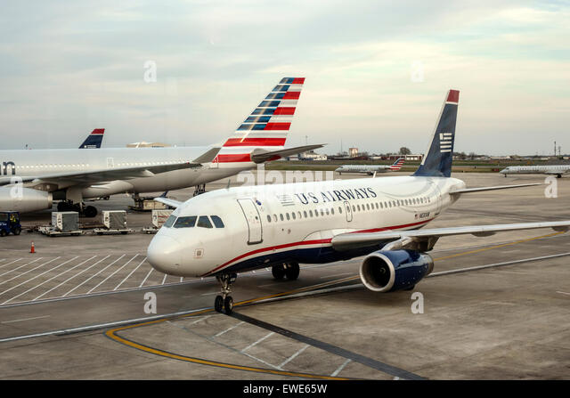 Charlotte North Carolina Charlotte Douglas International Airport tarmac US Airways airliner American Airlines - Stock Image