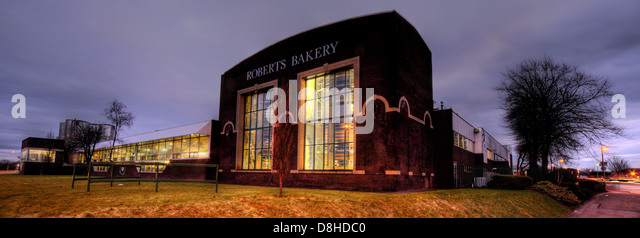 The Cheshire based Frank Roberts bakery factory at Rudheath, Northwich, England , UK at dusk. Its a family business. - Stock Image