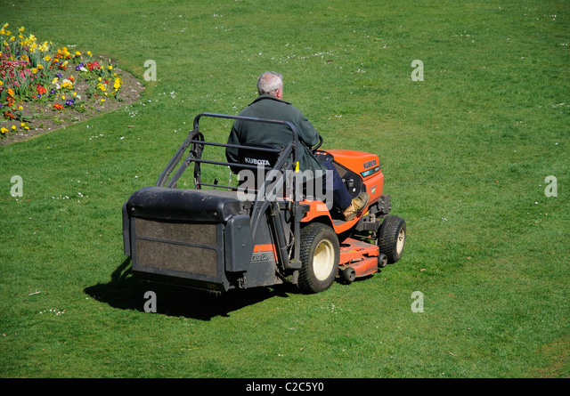 how to cut grass with a riding mower