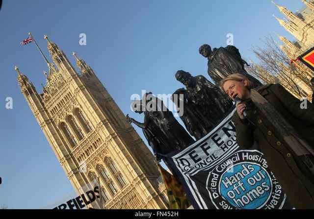 ​London, UK. 13 March 2016. Green Party leader Natallie Bennet address the thousands of protesters assembled at - Stock Image
