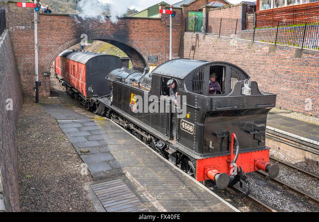 Llangollen railway Spring Steam Gala Apr 2016. GWR 4500 class 2-6-2T No.4566 Llangollen station. - Stock-Bilder