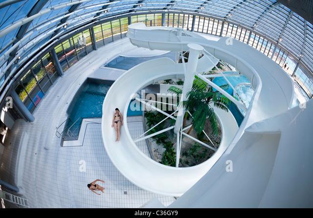 la piscine stock photos la piscine stock images alamy. Black Bedroom Furniture Sets. Home Design Ideas