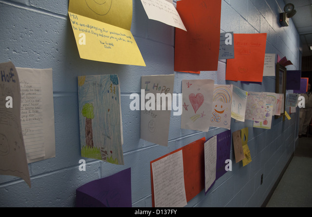 Hurricane Sandy Relief Center along the Jersey Shore in Monmouth County, New Jersey. Sympathy cards received for - Stock Image