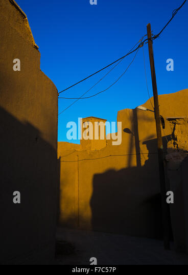 Wind Towers Used As A Natural Cooling System In Iranian Traditional Architecture, Yazd Province, Yazd, Iran - Stock-Bilder