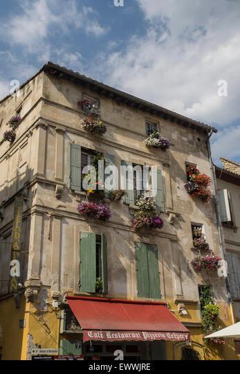 Arles, Place du Forum, Cafe, Restaurant, Provence, Bouche du Rhone, France - Stock Image
