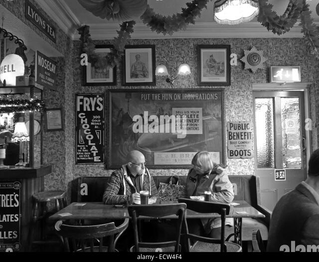 B/W The Albion Inn, classic English Pub in Chester, England,UK - Stock Image