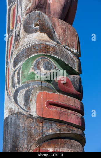 the history of totem poles in british columbia Discover totems of haida gwaii in tlell, british columbia: hauntingly  3,600  islands in all, with an oral history that can be traced back 7,000 years   renowned canadian artist and author emily carr brought these enchanting  totem poles to.