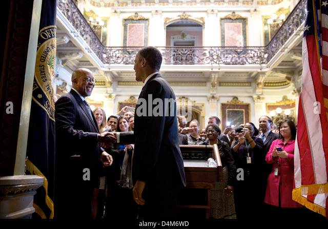 US President Barack Obama drops by a farewell reception for US Trade Representative Ron Kirk in the Indian Treaty - Stock Image