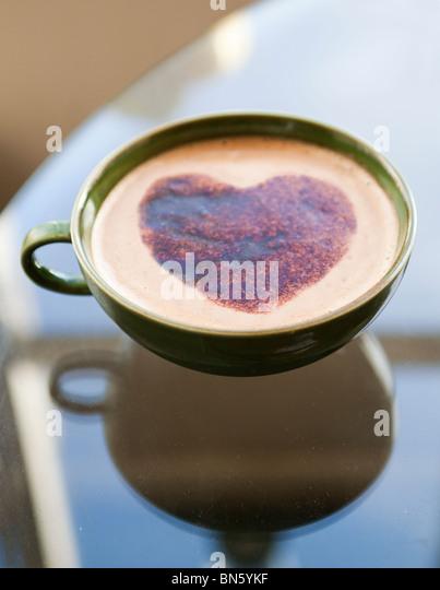 Heart on coffee cup - Stock-Bilder