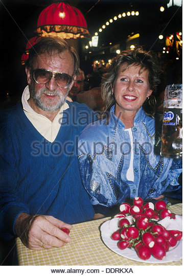 Rau Fritz 9.3.1930 - 19.8.2013 German concert promoter with wife Gisela Munich early 1980s inns inn pub bar restaurant - Stock Image