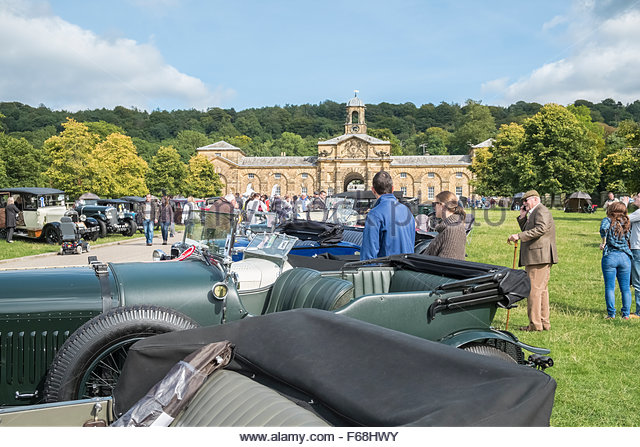 Classic vintage cars on display at a Country Fair event, Chatsworth House, Derbyshire, England UK - Stock-Bilder