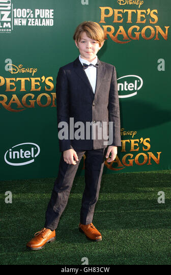Los Angeles, CA, USA. 8th Aug, 2016. 8 August 2016 - Los Angeles, California - Oakes Fegley. Pete's Dragon World - Stock-Bilder