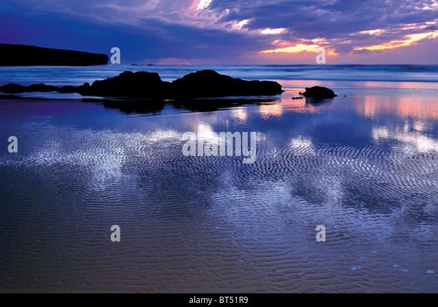 Portugal, Algarve: Sundown at beach Praia da Amoreira - Stock Image