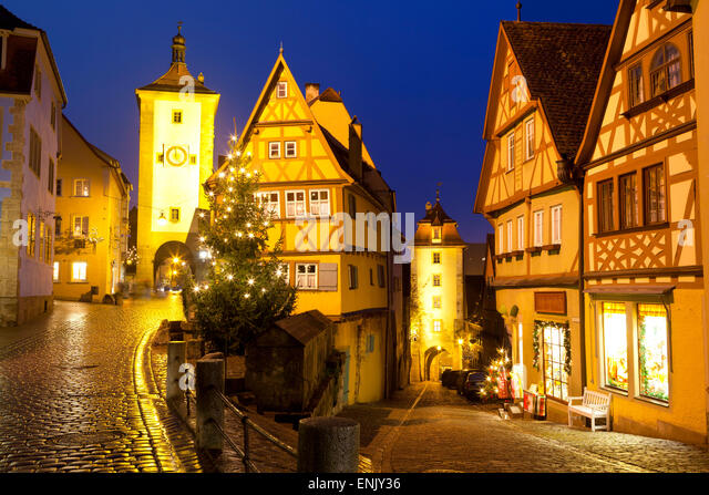Christmas Tree at the Plonlein, Rothenburg ob der Tauber, Bavaria, Germany, Europe - Stock Image