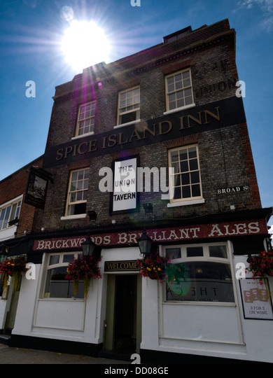 Spice Island Inn, Bath Square, Portsmouth, Hampshire - Stock Image