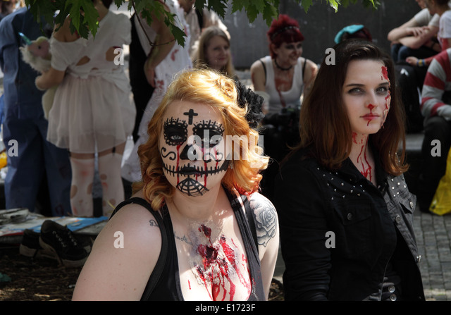 2 women waiting for the Zombie walk in Prague to start. - Stock Image