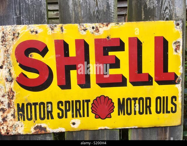 Shell motor oil old advert - Stock Image