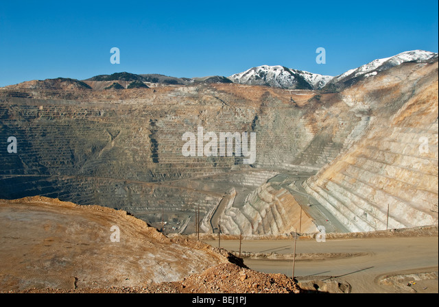 kennecott copper Bingham canyon, copper mine, utah, usa share producer of copper, gold, silver, molybdenum  for much of its life, bingham canyon was owned by kennecott copper.
