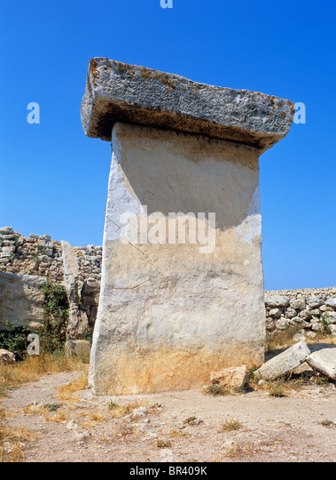 Taula de Trepuco - Prehistoric stone monolith near Villa Carlos - Stock Image