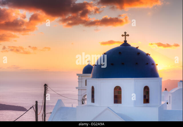 Church of Imerovigli at sunset, Santorini, Cyclades, Greece - Stock Image