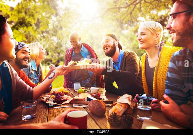 Friend Celebrate Party Picnic Joyful Lifestyle Drinking Concept - Stock-Bilder