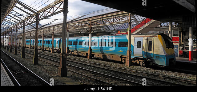 Panorama Arriva Wales train,at Crewe Station,Cheshire,England,UK - Stock Image