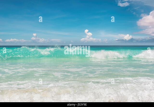 Stunning blue ocean at Miami beach. South beach Miami Florida. - Stock Image