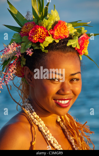 Beautiful Polynesian Fire Dancer Tarequci Vulanono performing at the Shagri-La Resort. Coral Coast, Viti Levu Island, - Stock Image