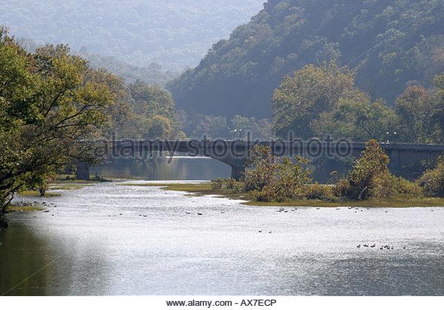 West Virginia Alderson Alderson Bridge Greenbrier River geese - Stock Image