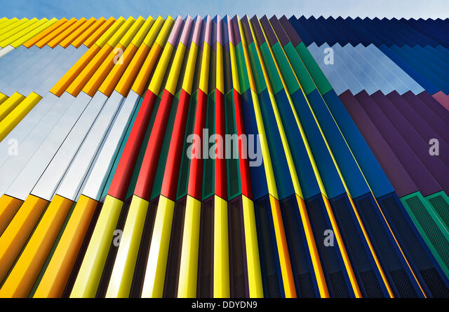 Colourful facade on the Mira-Muenchen-Nordheide shopping mall - Stock Image