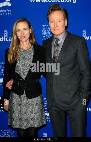 Liza Powel And Conan Obrien Grammy Com In October Tujuh Wjcf Com