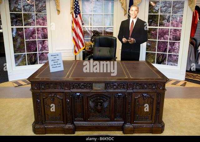 oval office desk. 14 December 2008 Washington D C President Elect Barack Obama Merchandise - Stock Image Oval Office Desk
