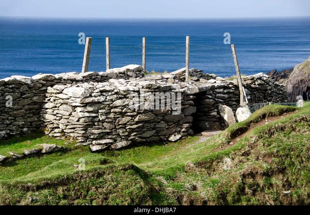 Dunbeg Stone fort on Slea Head Drive, Dingle Peninsula, Ireland - Stock Image