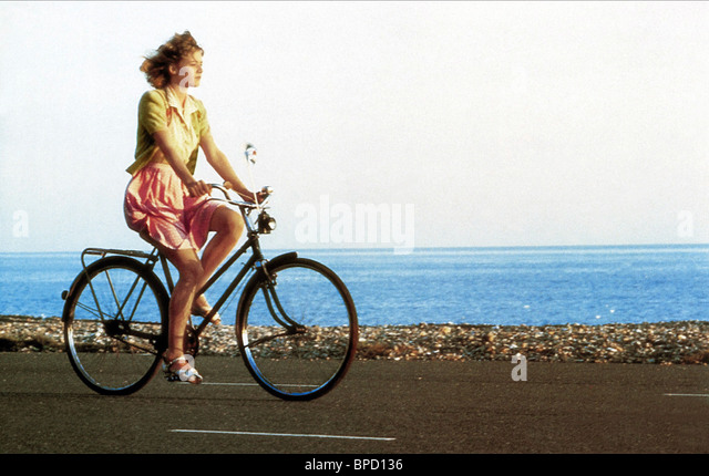 EMILY LLOYD WISH YOU WERE HERE (1987) - Stock Image